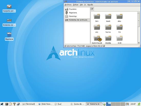 Escritorio Arch Linux con XFCE y Thunar recién instalado