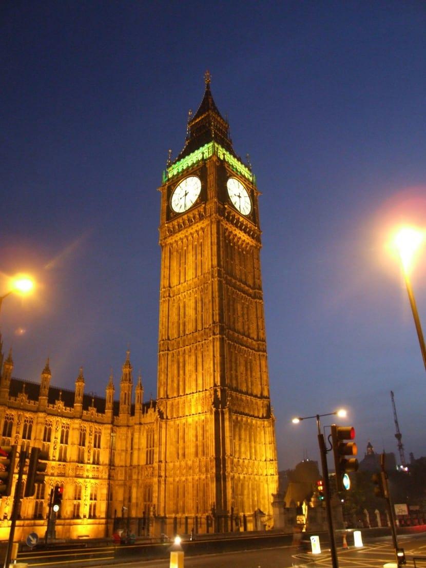 Ahora es el gobierno de Inglaterra el que se ha pasado a LibreOffice, ésta vez se ha realizado una colaboración con Collabora Productivity para la instalación del mismo en los equipos
