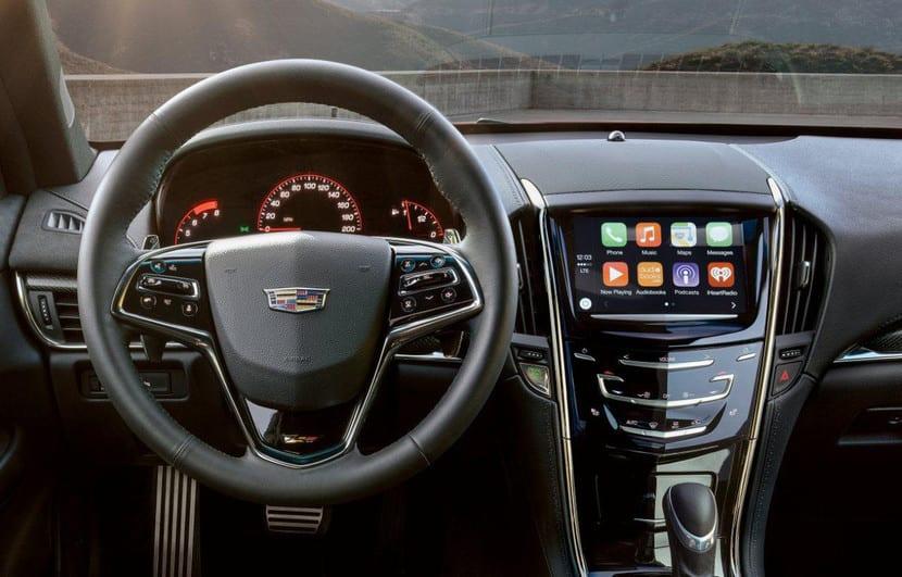Cadillac con CarPlay y Android Auto