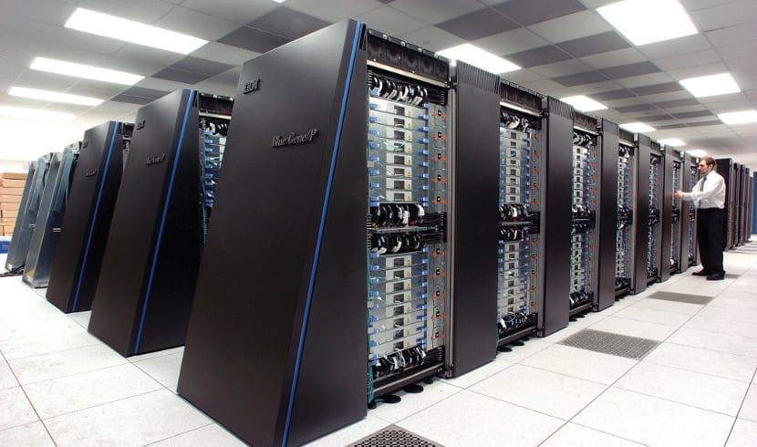 La Fundación Linux ha presentado el Proyecto Open Mainframe sobre ordenadores centrales