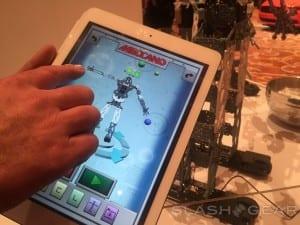 Meccanoid programado desde tablet