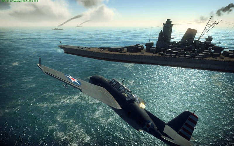 Captura de pantalla en la que se ve un avión junto a un portaviones