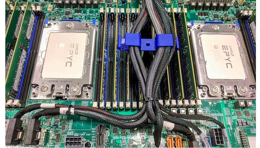 AMD Epyc Placabase con dos sockets