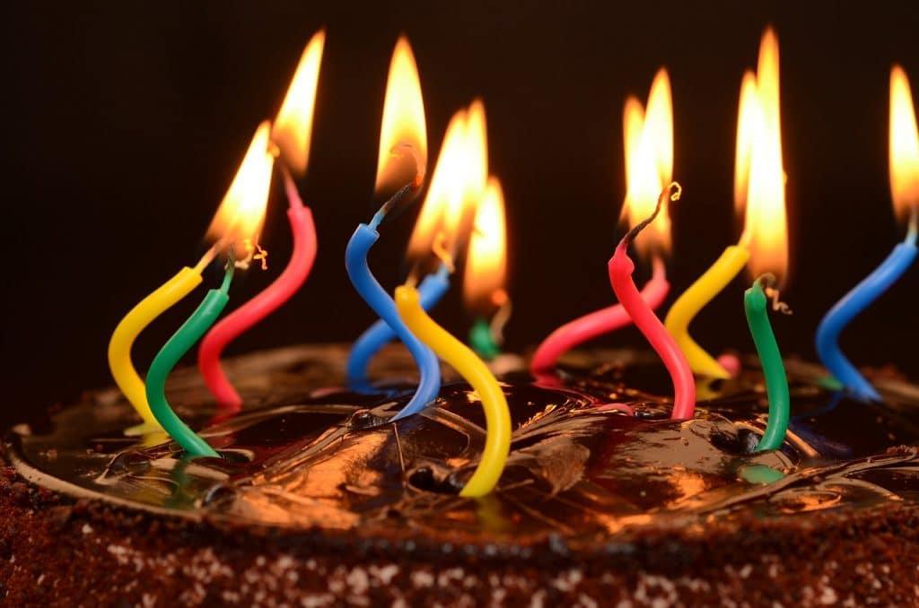 Debian cumple 27 años
