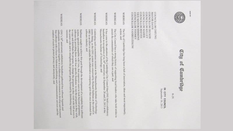 Documento de la resolución redactada en honor de GNU