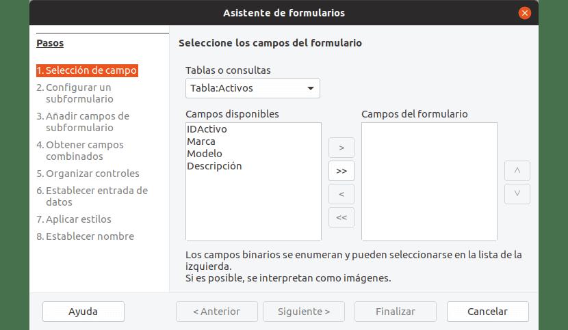 En la primera pantalla del asistente de creación de formulario seleccionamos la tabla base y los campos que vamos a utilizar