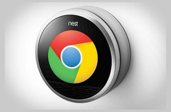 Dispositivo Nest con el logo de Google Chrome